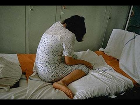 Rape attempt on a girl in Bokaro express(TV5)