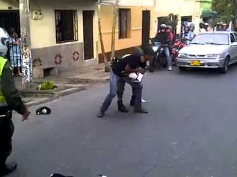 golpiza a policias