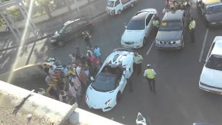 Amet detienen a David Ortiz en su Lamborghini Aven