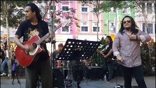sambutlah kasih-bro rocker suara mantap feat Sentuhan buskers cover lovehunter