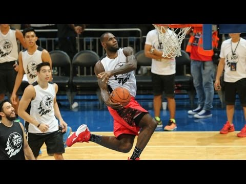 LeBron James' DUNK SHOW in Philippines