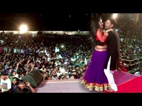 Xxx Mp4 Amrapali Dubey And Dinesh Lal Yadav Live Stage Show Video Full HD 3gp Sex