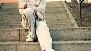 New Pashto song 2012 (fay khan) with Lyrics .wmv
