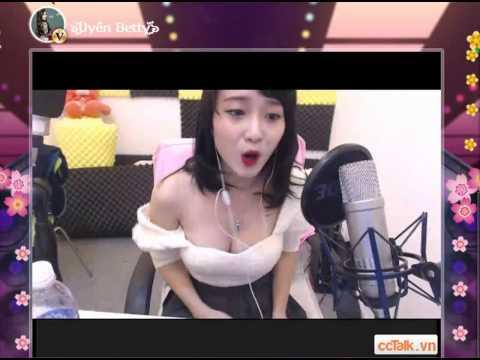 Xxx Mp4 Clip Idol Uyen Betty Hát Nụ Hồng Mong Manh Cực Bốc Bị Tụt áo Suốt 3gp Sex
