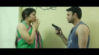 Bhabhi ji aur Chalu Padosi Get Romance