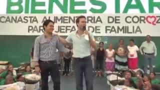 Manuel Velasco se disculpa por cachetada y se deja dar una bofetada
