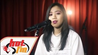 SANDRA - Ku Tak Mahu Cinta (LIVE) - Akustik Hot - #HotTV