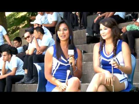 Banda El Salvador rumbo al Desfile de las Rosas 2013