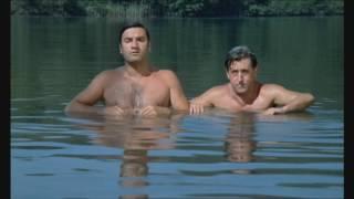 Un petit bain pour le chef ( la 7ème compagnie )