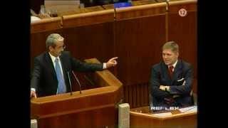 Jozef Banáš: Idioti v politike + zostrih z parlamentu