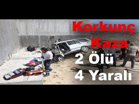 Karaman'da Otomobil Köprülü Kavşağın Beton Ayağına Çarptı  2 Öü, 4 Yaralı