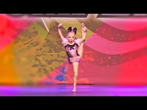 Download 5 YEAR OLD EVERLEIGH'S 1ST DANCE COMPETITION SOLO!!! (she wins first place!)