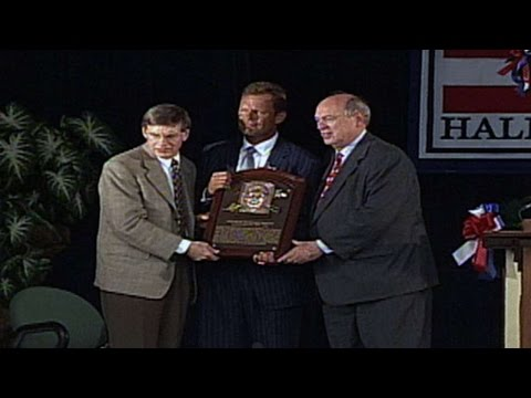 Brett is inducted into the Hall of Fame