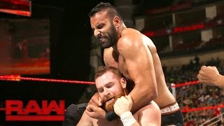 Sami Zayn vs. Jinder Mahal: Raw, Aug. 29, 2016