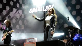 Charli XCX - London Queen (Live in Gorky Park-Moscow)