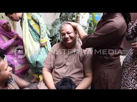 Xxx Mp4 Bubli A Transgender Guru In Pakistan 3gp Sex