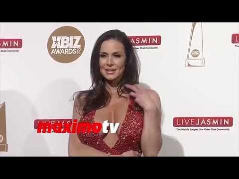 Xxx Mp4 Kendra Lust Pornostar XBIZ Awards Red Carpet MAXIMO TV 3gp Sex
