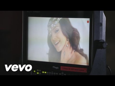 Cher Lloyd - Behind The Scenes of With Ur Love