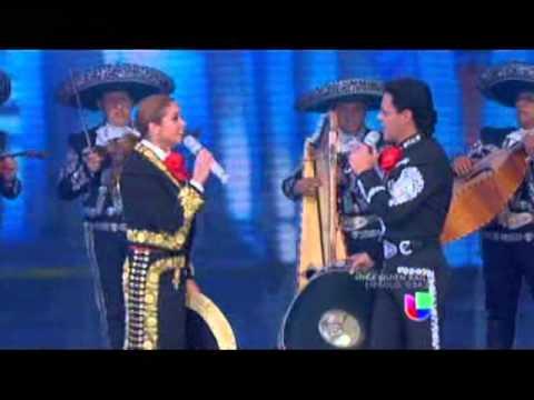 LUCERO Y PEDRO FERNANDEZ FIESTA MEXICANA 2013 celebrando la independecia mexicana