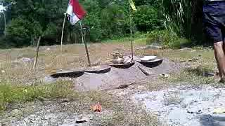 Barang antik kuno di desa sungai lunci kab.sukamara kalimantan tengah