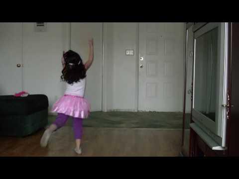 daniella bailando princess and the frog