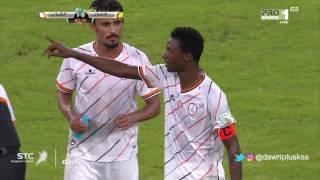 انفعال حسن معاذ في مباراة الشباب و الاتحاد في الجولة 6 من دوري جميل