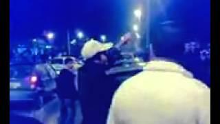 مرام بن عزيزة تخلع ثيابها في الشارع امام باهتة الناس