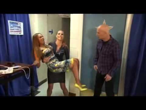 Lift And Carry Heidi Klum Lifts Mel B on America s Got Talent
