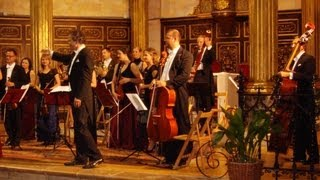 Handel - Sarabande in D minor (wonderful live version)