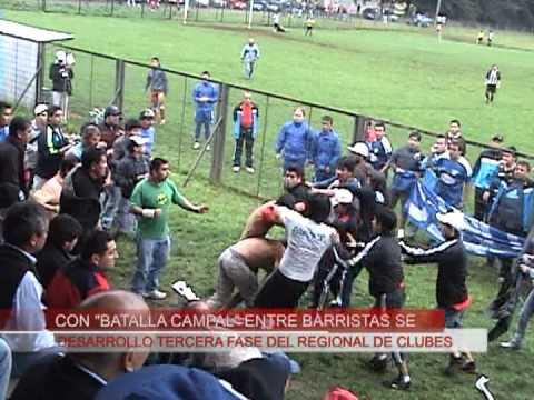 Batalla campal entre barristas de fútbol amateur imágenes atv Valdivia