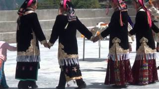 Rong brag (Danba) County 43: DB' BO VILLAGE EULOGIZING DANCE 敖日村颂舞