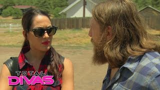 Brie Bella and Daniel Bryan contemplate buying a bed & breakfast: Total Divas, Sept. 21, 2014