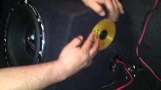 Audiopipe TXX-C1200 rompiendo cds
