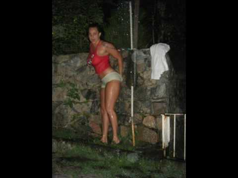 lorena gostosa tomando banho
