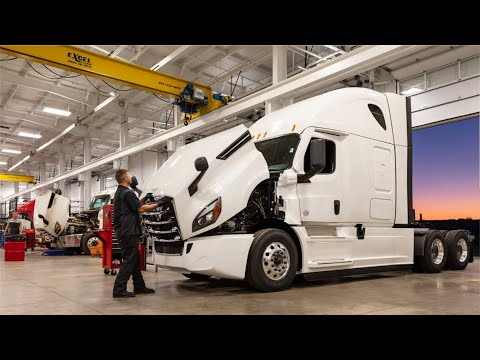 Freightliner Trucks Production American Truck Factory