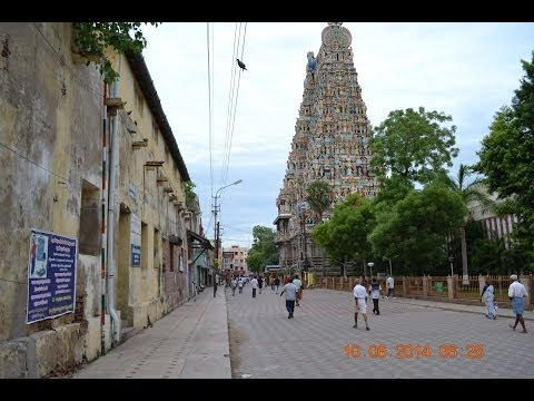 Madurai Streets ~ Chithirai streets / Outermost corridors of Meenakshi Temple *