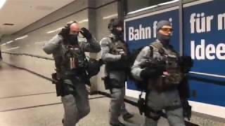 Bundespolizei mit GSG9 üben Terrorabwehr in Lichtenberg