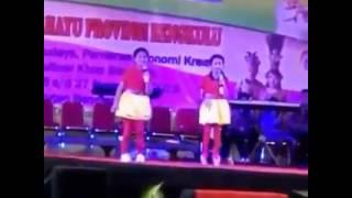 Lagu 10 Hak Anak -  Didi Indhira Dan Dina