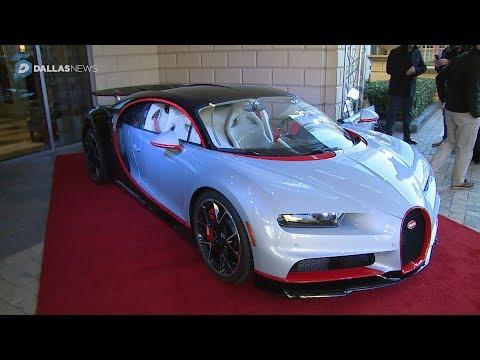 360 Video: Sit inside a 2018 Bugatti Chiron
