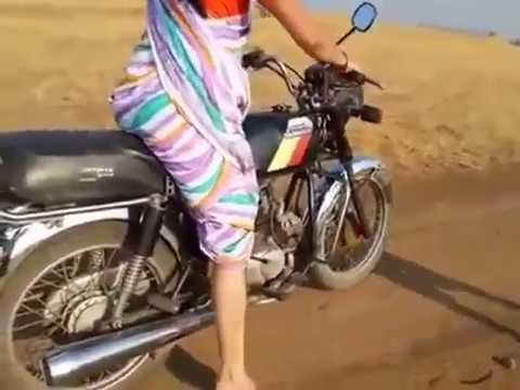 Indian Woman | Amazing lady |  Hero Honda Bike Stunt in Saree | talentdunia.in