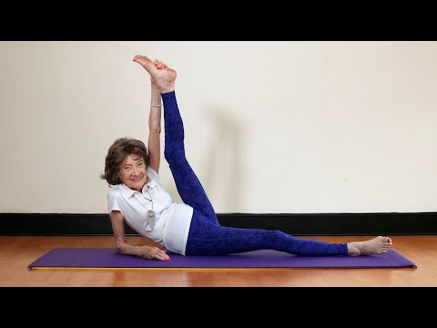 96-year-old Holds The World Record For Oldest Yoga Teacher