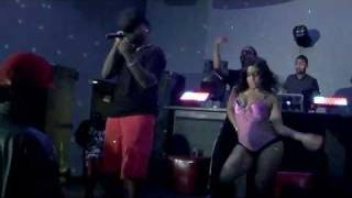 GRINDIN PUN FT. YOUNG SOUL - MONEY THO [PERFORMANCE VICTOR HOTEL CHICAGO]