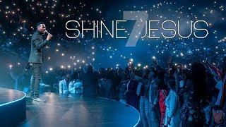 Spirit Of Praise 7 Ft. Collen Maluleke - Shine Jesus