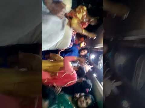 Xxx Mp4 এই মাএ খবর পেলাম পিকনিকের গারিতে রেপ Bangla Bus Sex Video Viral 2019 3gp Sex