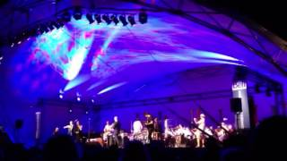 Chris Botti with the NAC Orchestra and a special guest...