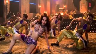 Nisha Kothari Hot Dance from Abhi To Main Jawan Hoon - The Killer 5/5