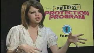 Teenflare.com: Demi Lovato and Selena Gomez