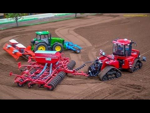 RC Tractors John Deere Case and Fendt at work Siku Farmland in Neumünster Germany.