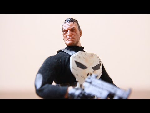 Unboxing: This is NOT the Mezco ONE:12 Collective Punisher (bootleg alert)