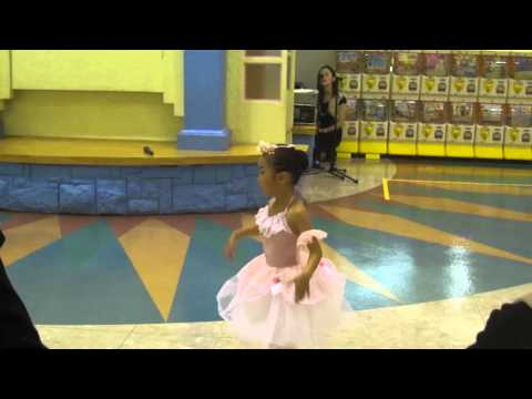 Xxx Mp4 Small Cute Girls Dancing In A Mall 3gp Sex